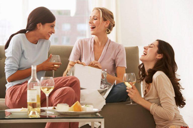 wine-women